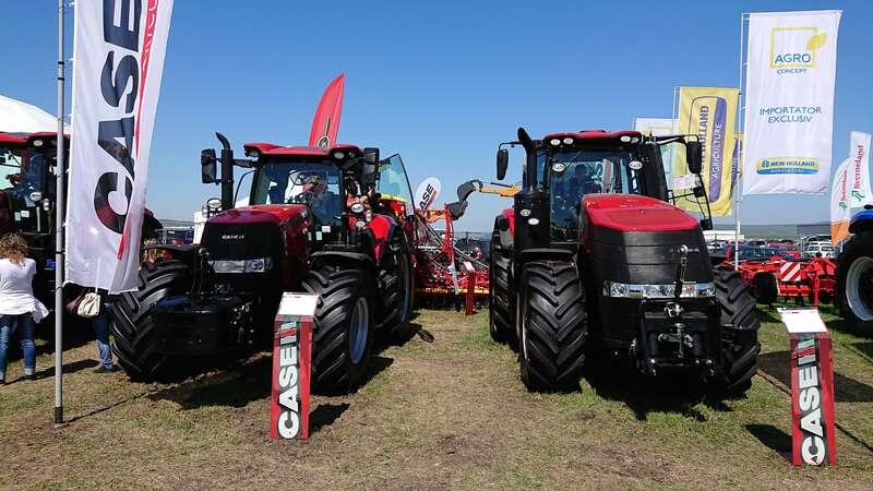 Tractoare la târgul agricol Agraria
