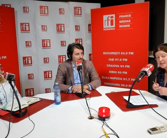 Patricia Pop, Tommasso Serrano si Andreea Orosz in studioul RFI Romania